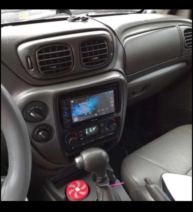 Chevrolet Trailblazer 2003 - 140000 km