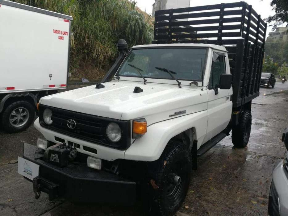 Toyota Land Cruiser 1996 - 160000 km