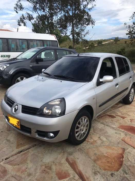 <strong>renault</strong> Clio  2015 - 50000 km