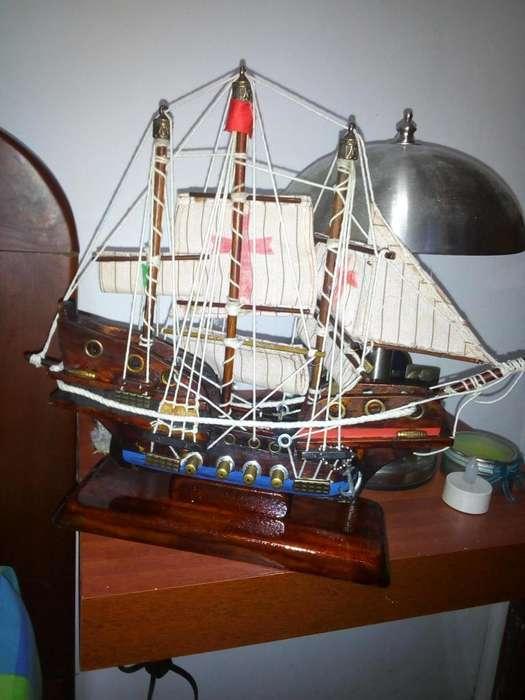 Barco antiguo restaurado