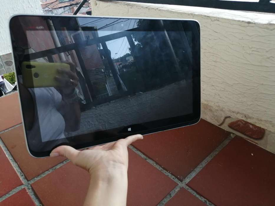 Tablet Hp Core I5, 4ta Gener, 4ram Y 32s