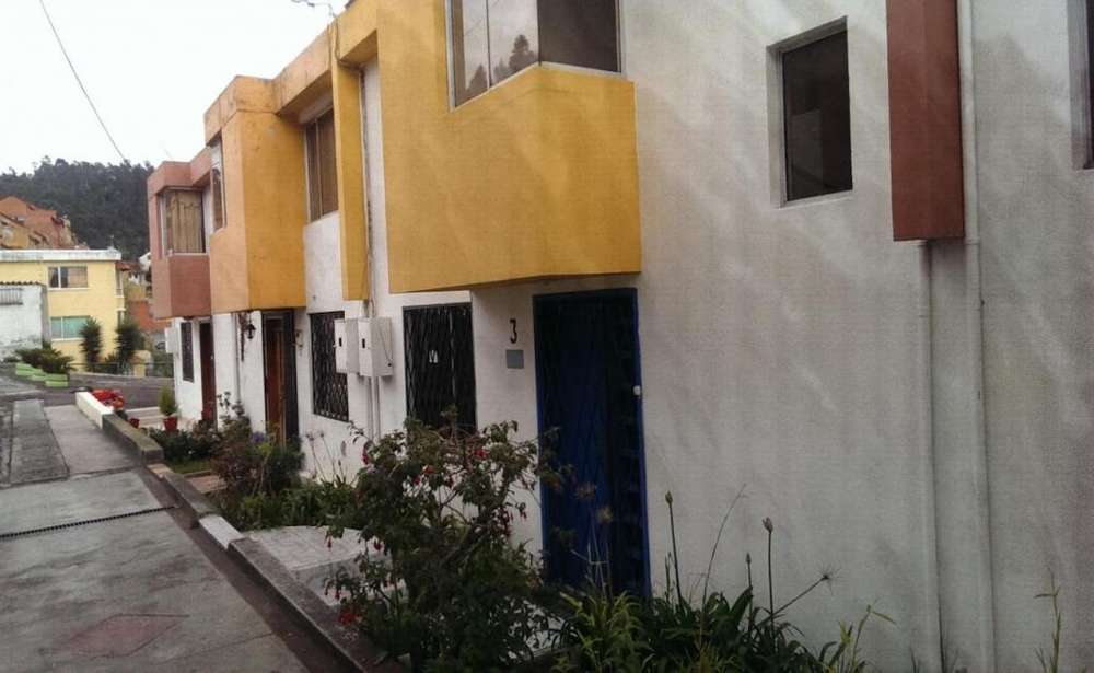 Los Chillos, casa en venta, 3 habitaciones, 125 m2
