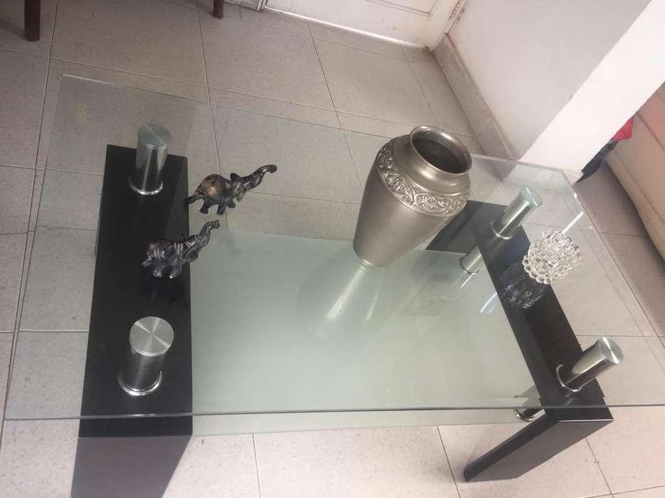 Una Mesa de Vidrio para Sala