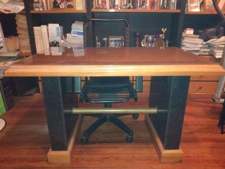 <strong>escritorio</strong> de Madera Maciza con Bronce Y