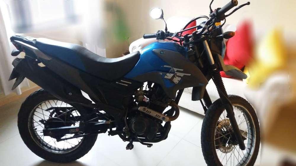 Moto Economica Tt 125 Llamar 3217637431
