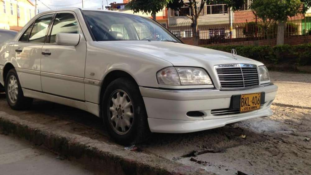 <strong>mercedes-benz</strong> Clase C 1998 - 117000 km