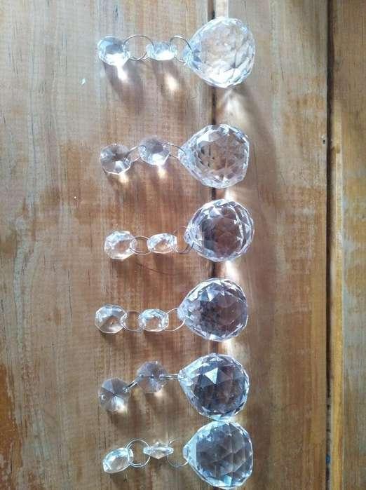 32 Cristales Lágrimas Unida 10.000