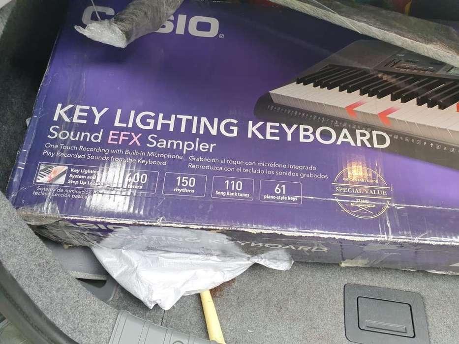Vendo Organeta Casio Lk170