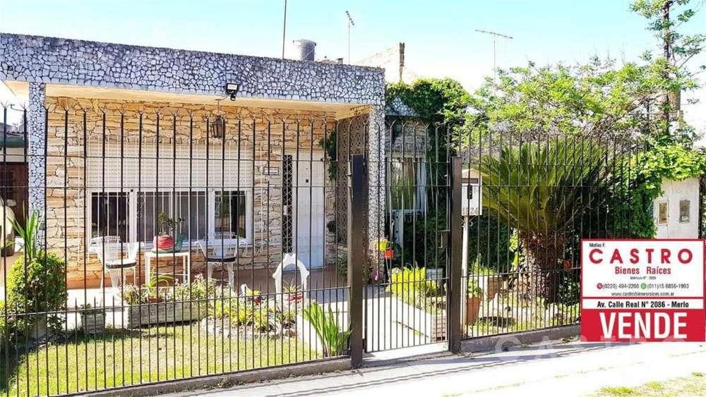 J. B. Justo 1800 - UD 97.000 - Casa en Venta