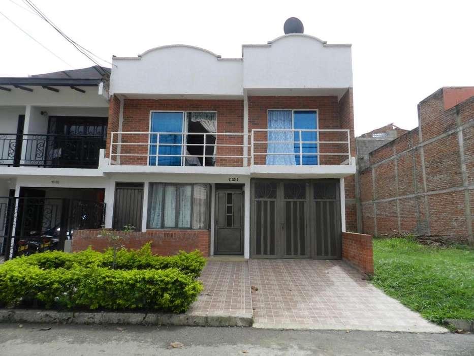 Gangazo Jamundi Casa con Apto Indpnte