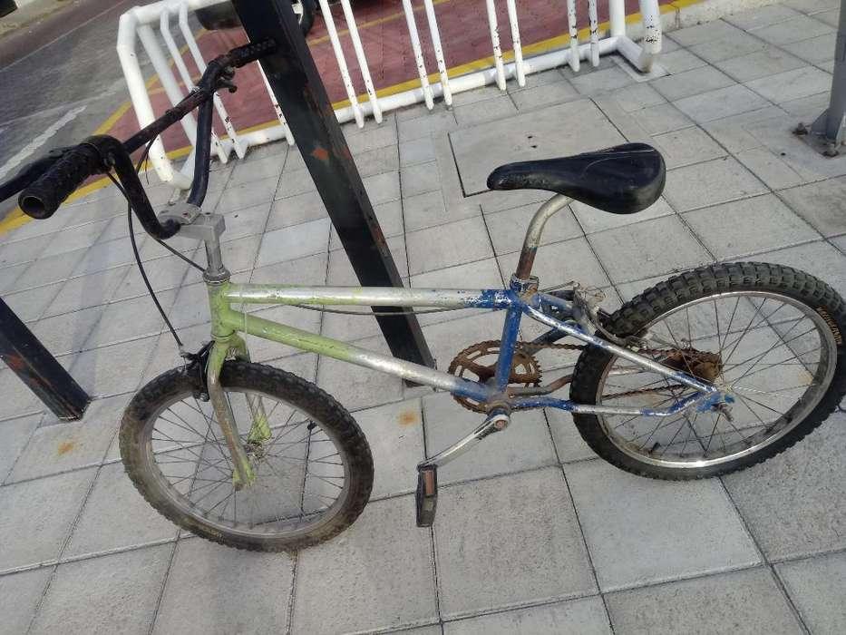 Vendo Bicicleta Bmx en Buen Estado