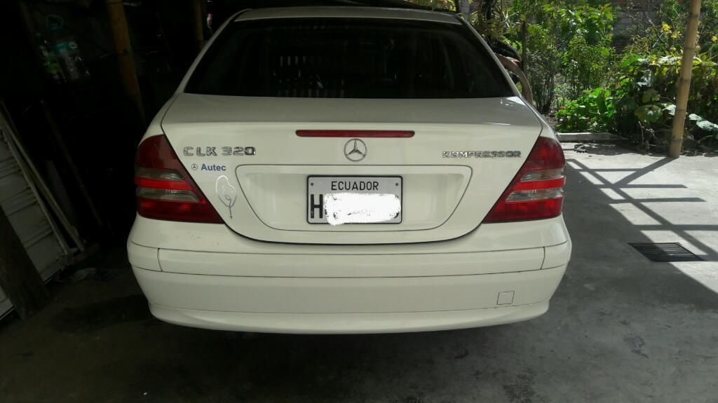 Vendo Mercedes Benz C180k