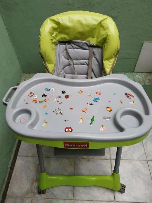 vendo silla de comer bebe(unisex)