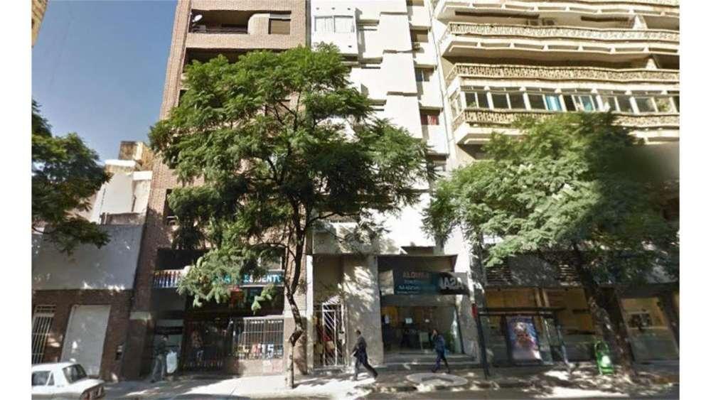 Bv. Chacabuco 100 - UD 72.000 - Departamento en Venta