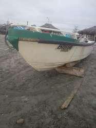 Embarcación y Motor fuera de Borda Disponible Manabí