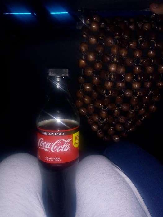 Vendo Una Gaseosa Coca Cola
