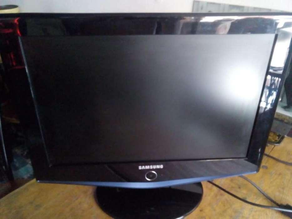 <strong>televisor</strong> Samsung 20 Pulgadas