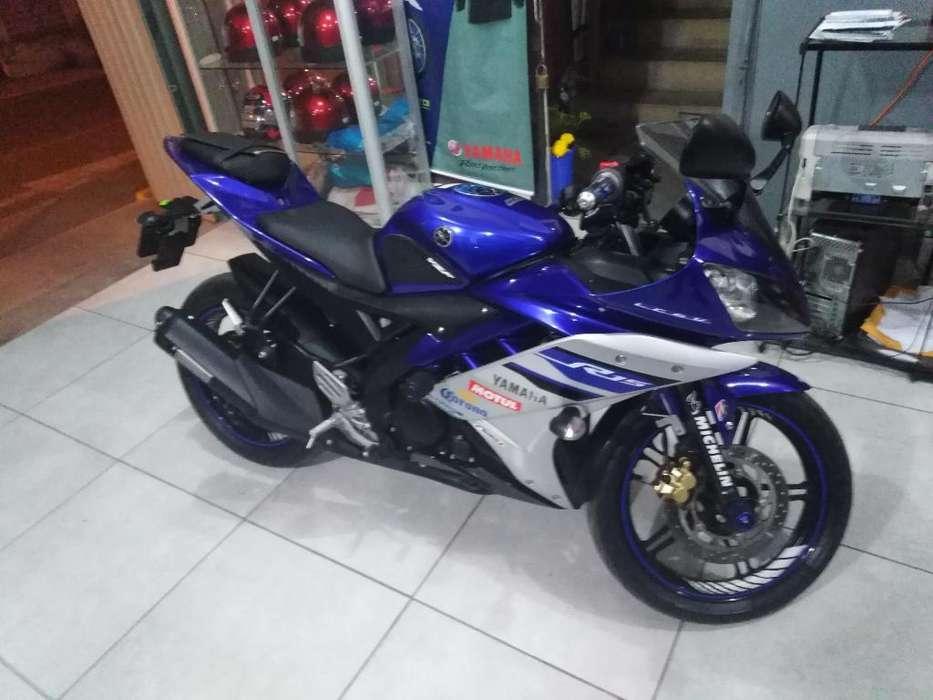 Yamaha R15 2018 - 1800km