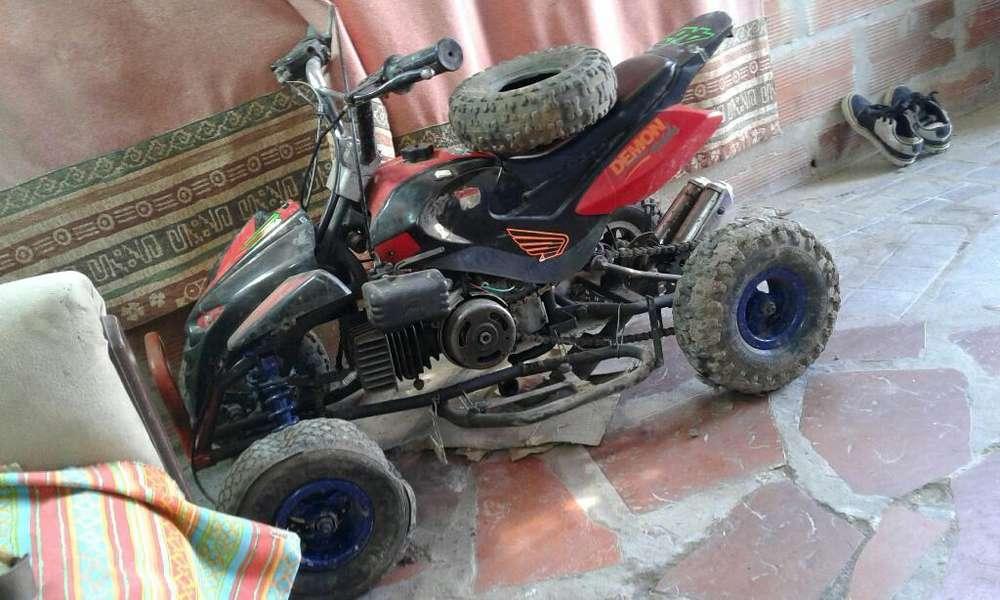 Se Vende Cuatriciclo Motor Zanella 50