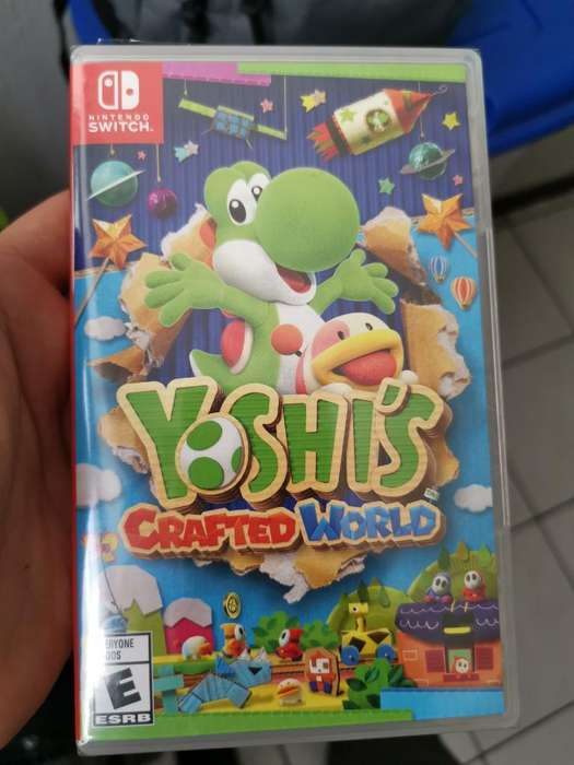 Yoshi Crafted World Switch Sellado