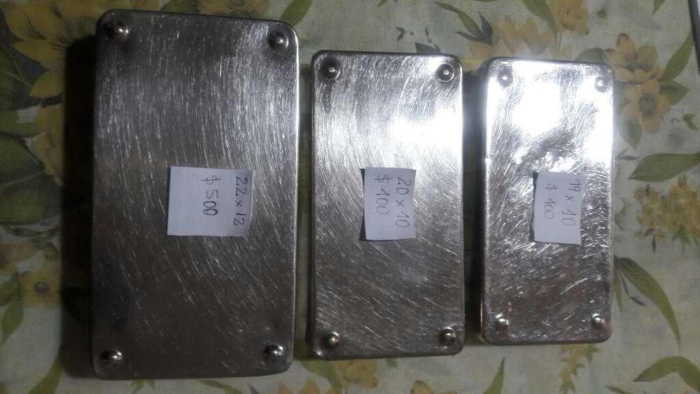 Vendo Cajas Metalicas