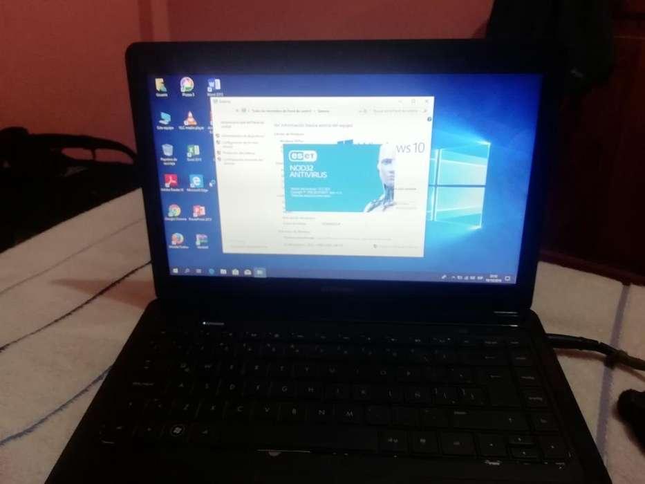 Vendo Laptop Funcionando