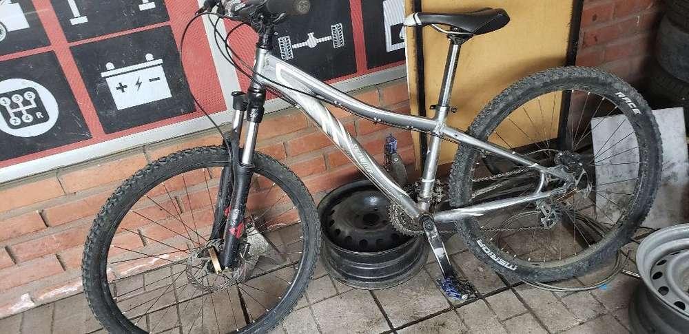 Bicicleta Specialized 26