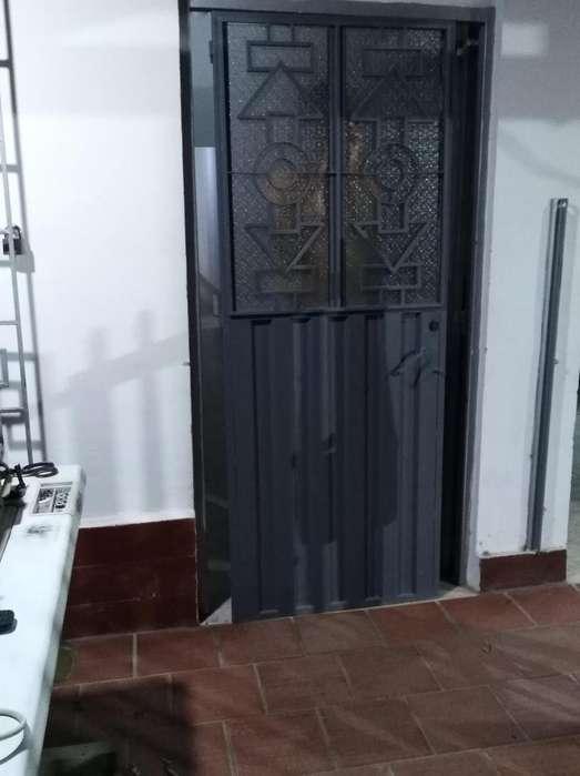 Se vende puerta inf 3227812375