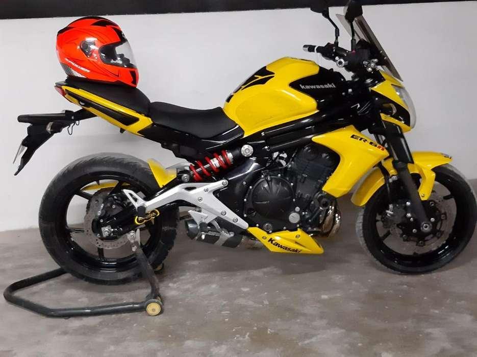 Moto Kawazaky 650