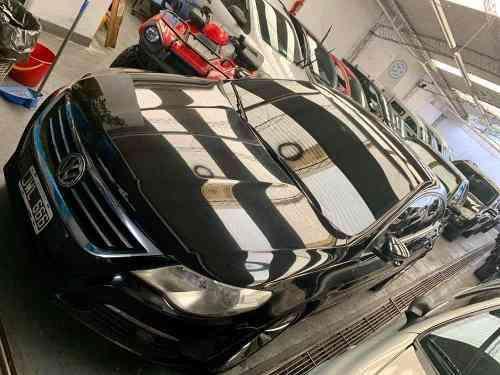 Volkswagen Passat 2011 - 111111 km