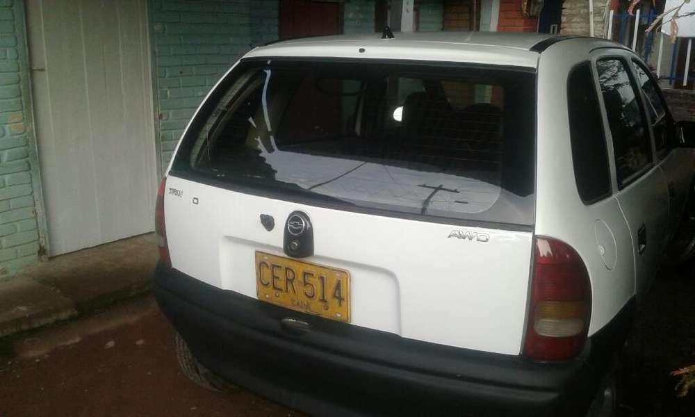 Chevrolet Corsa 4 Ptas. 1997 - 26800 km