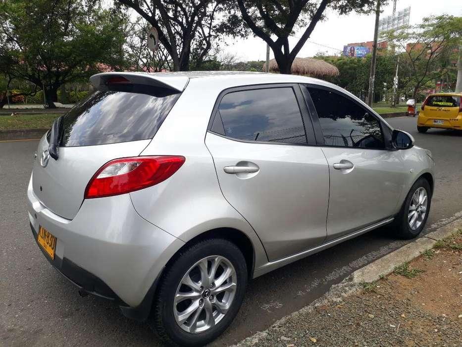 Mazda Mazda 2 2011 - 78000 km