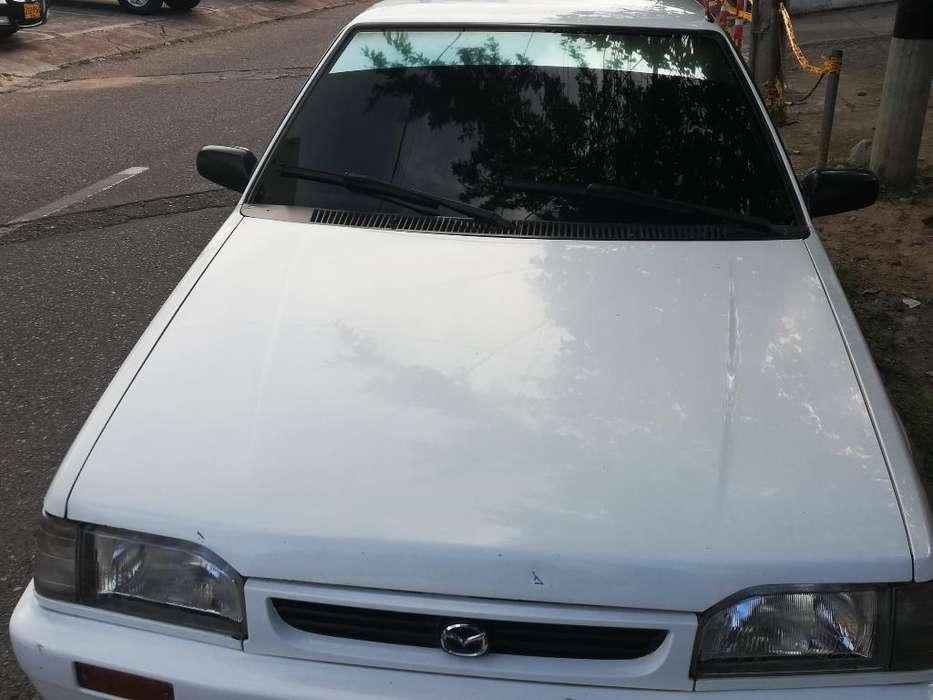 Mazda 323 2003 - 39722 km