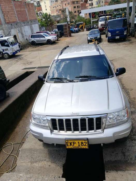 <strong>jeep</strong> Cherokee 2004 - 214000 km
