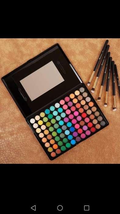 Paleta de Sombras de 88 Colores Matte