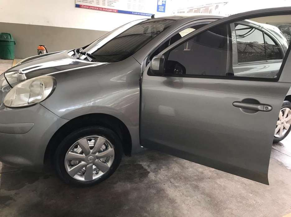 Nissan March 2014 - 73000 km