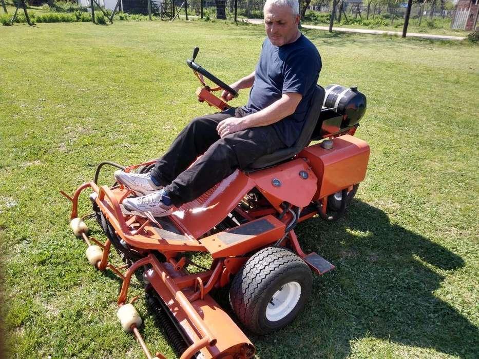 Tractor para Cortar El Pasto