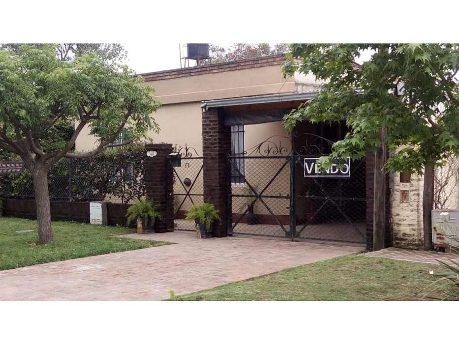 Casa rebajada Funes de 3 dormitorios Fabrica de plastico Emprendimiento!!!