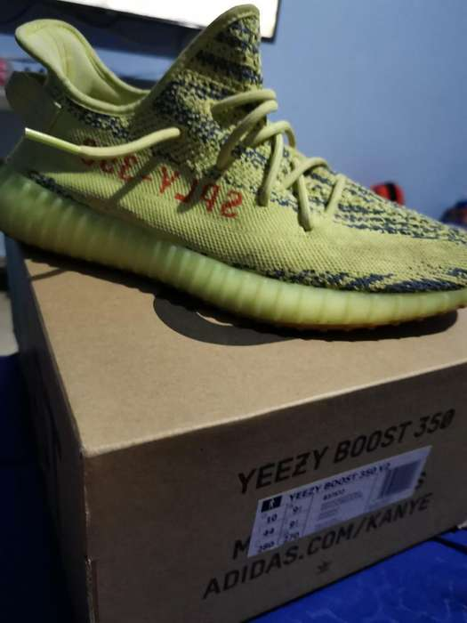 Yeezy Semi Frozen Yellow