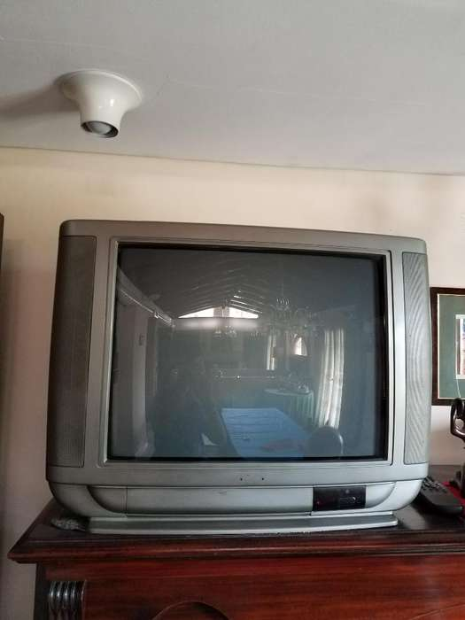 Vendo Tv Color 22 IMPECABLE!!!