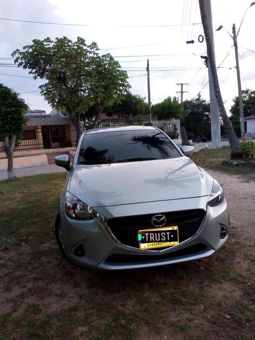 Mazda 2 2019 - 9500 km