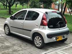 Vendo Peugeot 107 2013