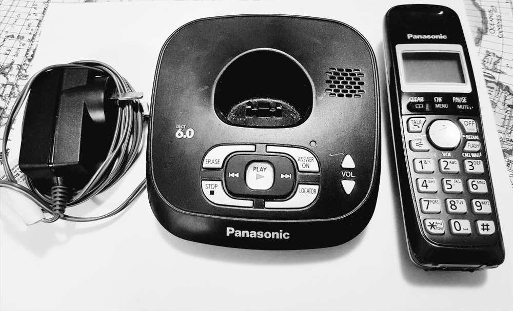 Teléfono Panasonic Modelo Kxtg4021
