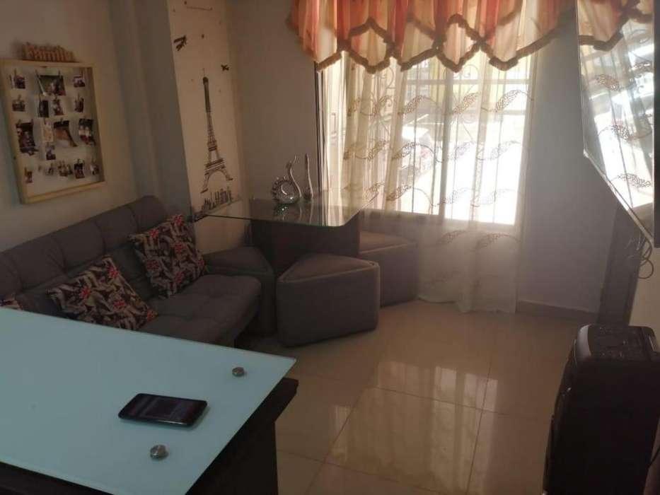 Ganga !!Vendo Apartamento Primer Piso 53m2 En Niquia Parte Baja Cerca Al C.C Puerta Del Norte