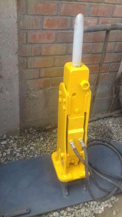 martillo hidraulico Y Brazo escavador de Minicargador , accesorio de mini cargado y camioneta 4x4