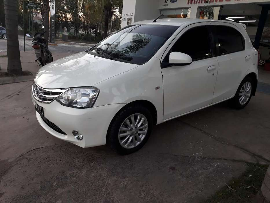 Toyota Etios 2014 - 101000 km