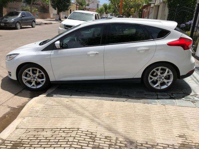 Ford Focus 2017 - 33000 km