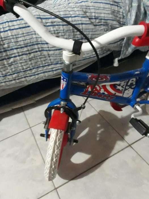 Bicicleta para Niño Casi Nueva Poco Uso