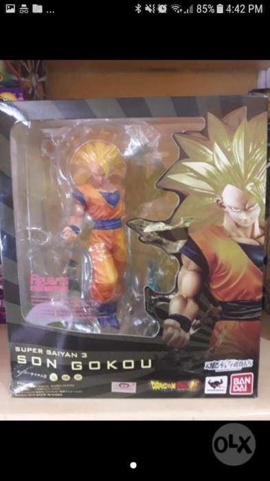 Dragon Ball Goku Super Saiyan 3 Figura