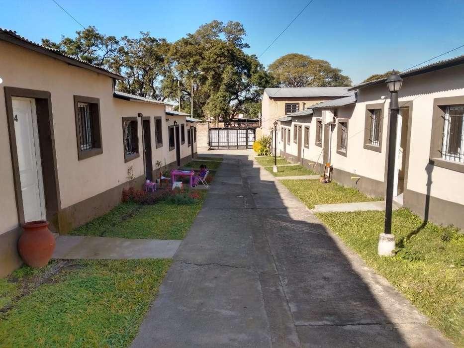 Casa 2 Dorm en Condominio